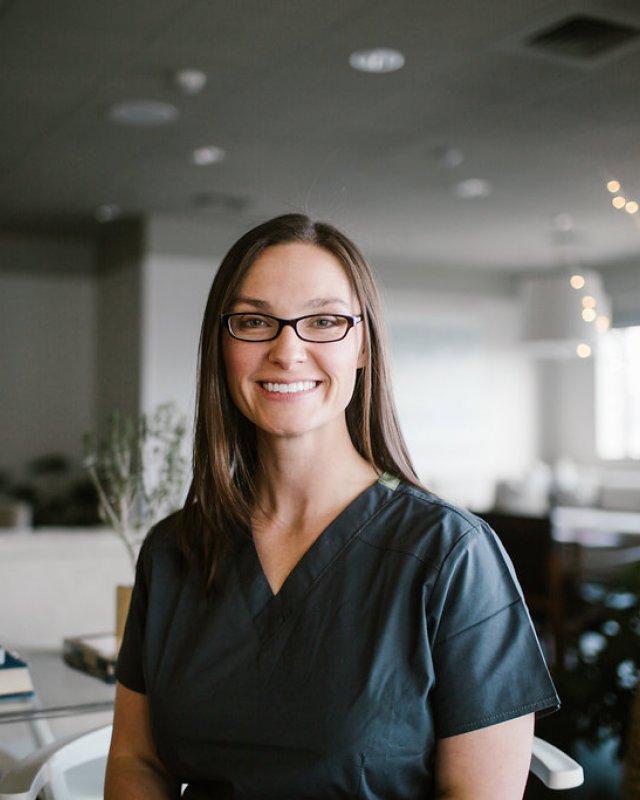 Amanda D. Barrett, MD